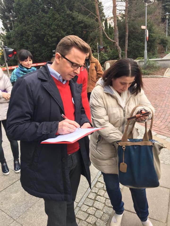 zbiorka_podpisow